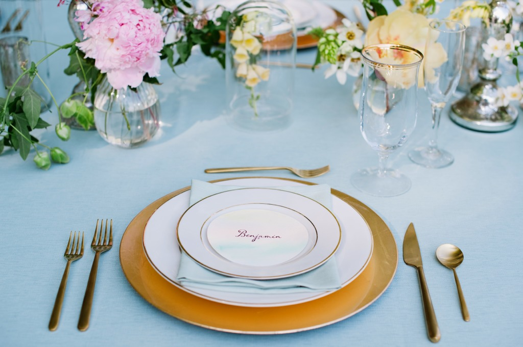 assigned seating place setting event